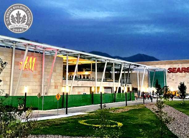 H&M obtiene la Certificación LEED Platino en su tienda ubicada en el centro comercial Esfera City Center al alcanzar 85 puntos.