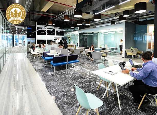 Interior de oficinas de IOS OFFICES Toreo
